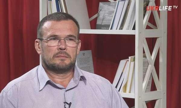 Политолог Василь Вакаров: биография, личная жизнь, фото