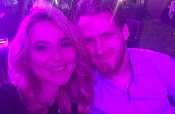 Пелагея с мужем хоккеистом Иваном Телегиным фото