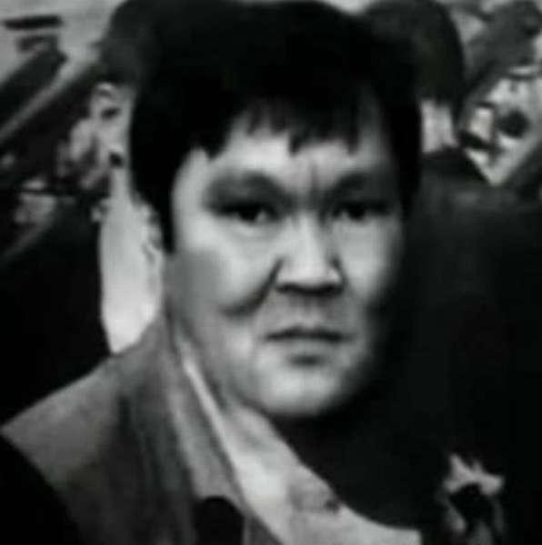 Вор в законе Монгол. Основатель рэкета и оргпреступности в СССР, «учитель» В.Иванькова (Япончик)