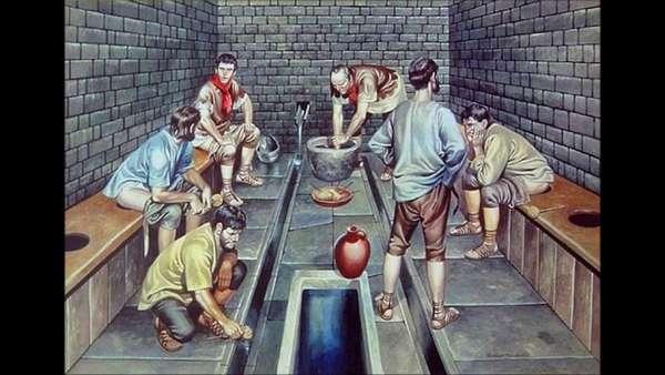 В Риме кожу и ткань отбеливали с помощью урины, т. е мочи. И Веспасиан установил налог на урину, хотя все почему-то считают, что он поднял пошлину на то, чтобы справить нужду