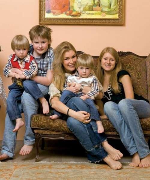 Личная жизнь Марии Шукшиной семья и дети сегодня