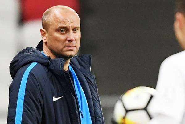 Dmitrij Xoxlov главный тренер - фотография