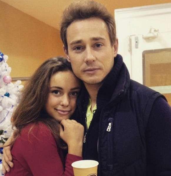 Дмитрий Исаев с дочерью Софьей фото
