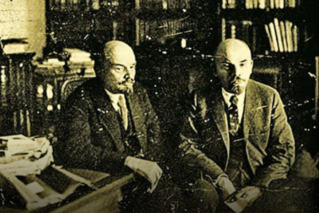 Ленин и его брат-близнец Сергей