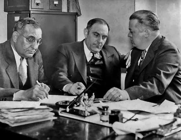 Биография Виктора Люстига, который 2 раза продал эйфелеву башню