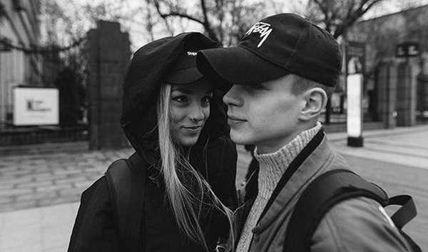 Глеб Калюжный с девушкой