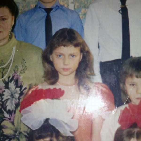 Настасья Самбурская в детстве