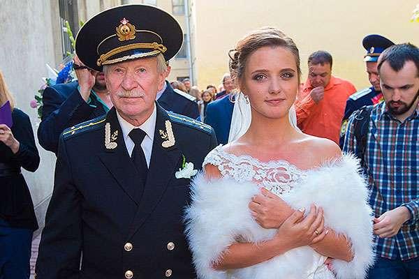 Иван Краско и его молодая жена: грязные скандалы почтенного семейства
