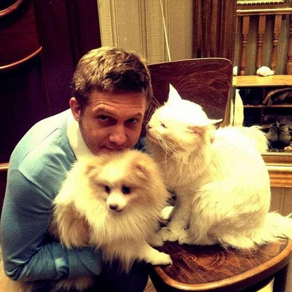 Борис Корчевников с питомцами фото