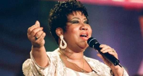 Умерла легендарная певица Арета Франклин