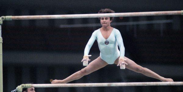 Преждевременно скончалась знаменитая гимнастка Елена Шушунова