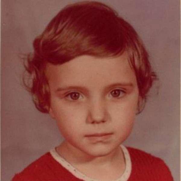 Ирина Тонева в детстве фото