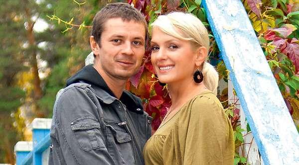 Илья Древнов биография личная жизнь семья жена дети  фото