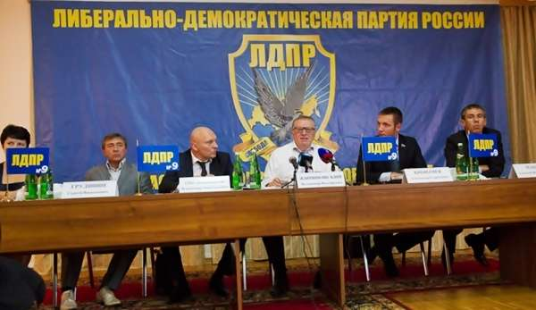 Алексею Панину пригрозили новым судом