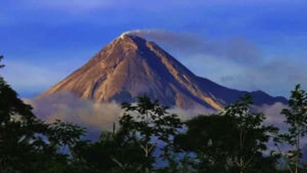 Вулкан Марапи