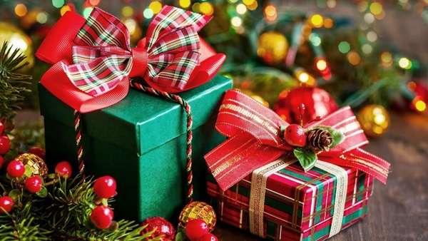 10 самых неожиданных подарков на новый год, которые точно удивят ваших близких