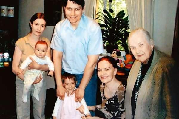 Людмила Чурсина пыталась покончить жизнь самоубийством
