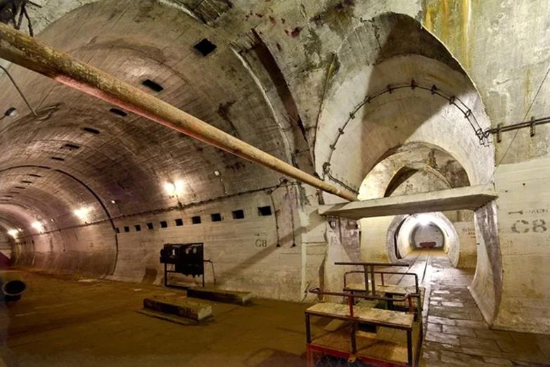 Лагерь дождевого червя тайный подземный город, в котором, скрывались отряды СС после войны