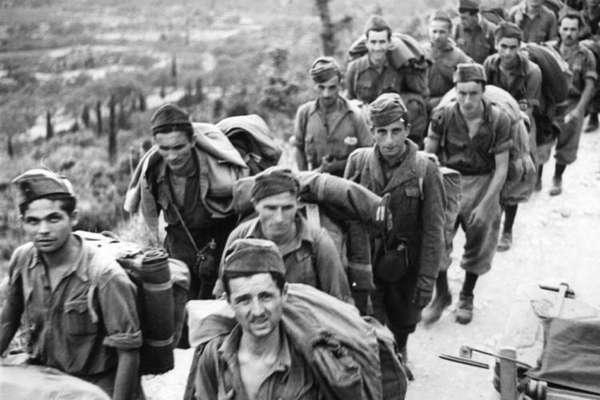 Пленные итальянские солдаты [ВОВ]