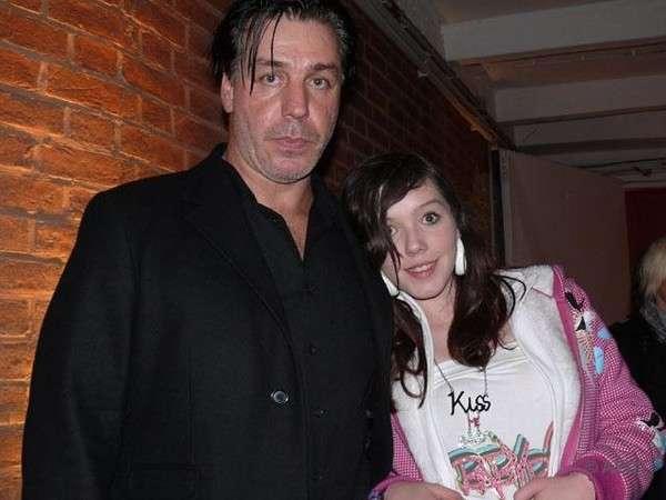 Тилль Линдеманн и его младшая дочь Мариа-Луиза фото