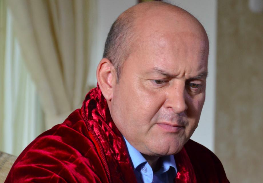 Звезда «Солдатов» Вячеслав Гришечкин никак не может смириться с утратой жены, а близкие едва успели удержать от опрометчивого поступка