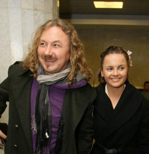 Юлия Проскурякова рассказала о ссоре с Наташей Королевой и закатившем в самолете дебош Николаеве