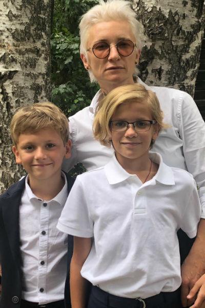 Уже могу шевелить ногами Диана Арбенина перенесла 16-часовой сердечный приступ и госпитализирована во Франции. Видео из палаты