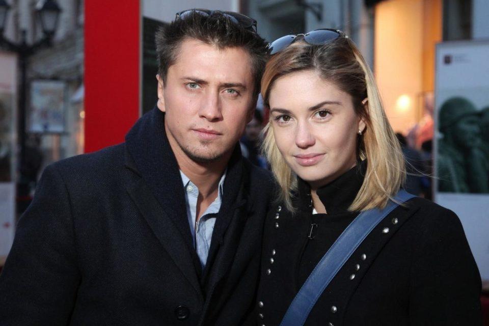 Агата Муцениеце и Павел Прилучный вслед за домом избавляются от квартиры сразу после сообщений об избиении