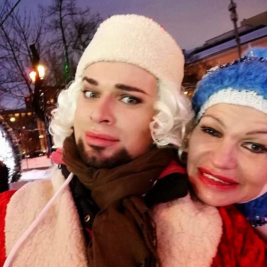 Какая мерзость: французских поцелуй Гогена Солнцева с престарелой супругой стал сенсацией в Сети, но в плохом смысле этого слова