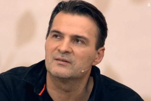 Александр Дьяченко решил отказаться от врачей и обратиться к целителю: В результате мой отец умирал в жутких болях