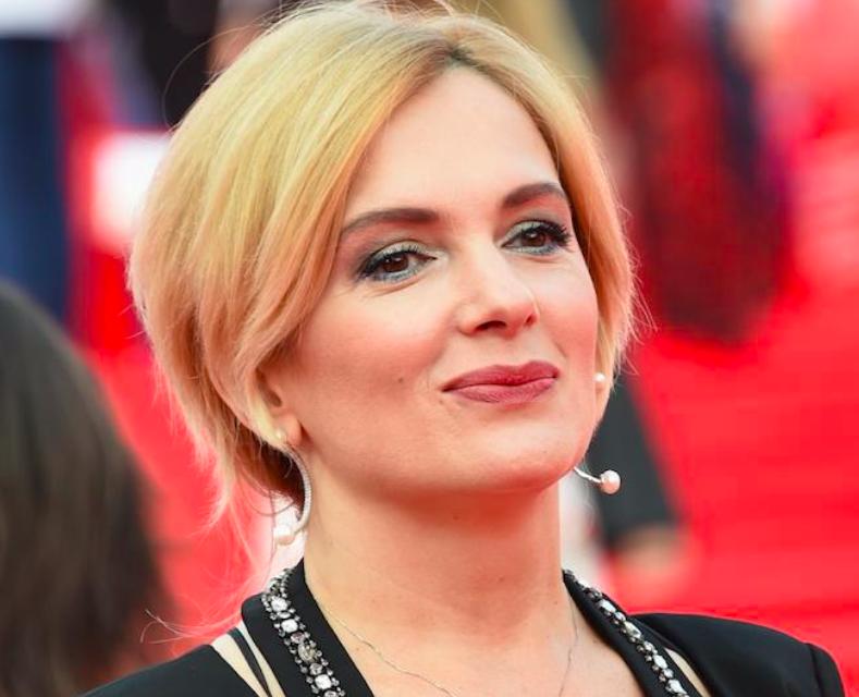 Мария Порошина озвучила имя внебрачного сына, но очевидного отца признавать не хочет