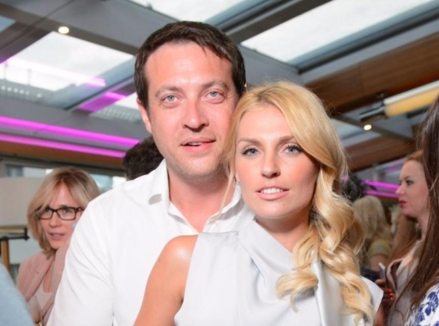 На сносях в Сети появились фото 35-летней Саши Савельевой, которая вот-вот родит