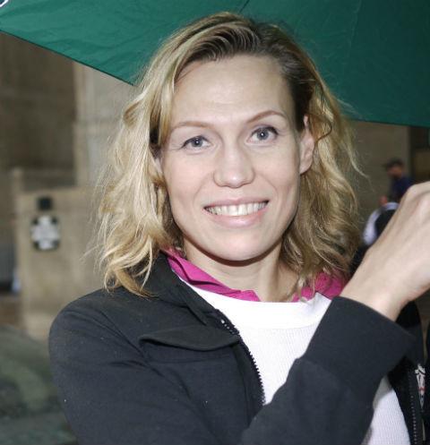 Вся жизнь пошла под откос: судьба «Мисс России-1998» Анны Маловой обещала быть блестящей, но потом блондинка переехала в США
