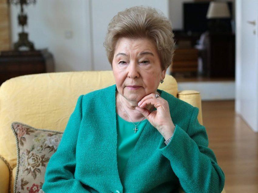 Лолита обрушилась на Пенсионный фонд за нищенскую пенсию в 6 тысяч рублей Твою дивизию, как можно жить?