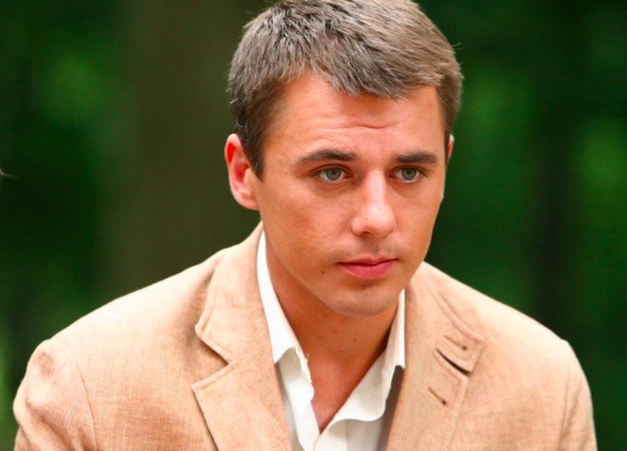 Актер Игорь Петренко вынужден был оставить жену перед родами и доверить Богу