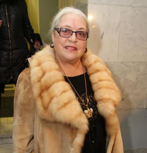 Внучка Лидии Федосеевой-Шукшиной втайне продала квартиру бабушки, которая превратилась в «отель на час»