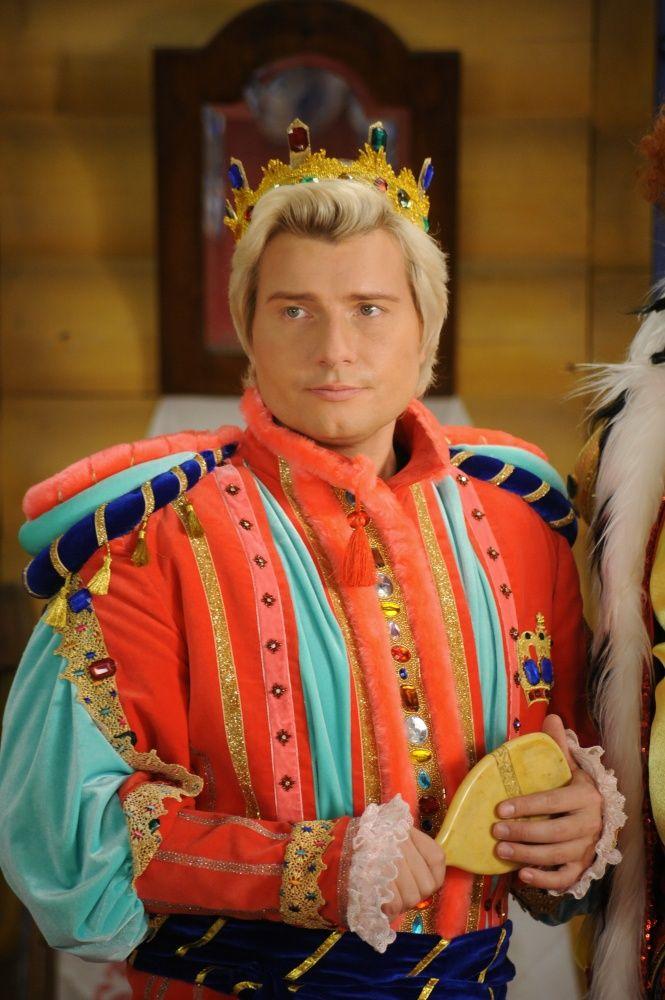 Звезда сериала Склифосовский и Глухарь отрывался от души в гей-клубе в надежде, что никто не заметит