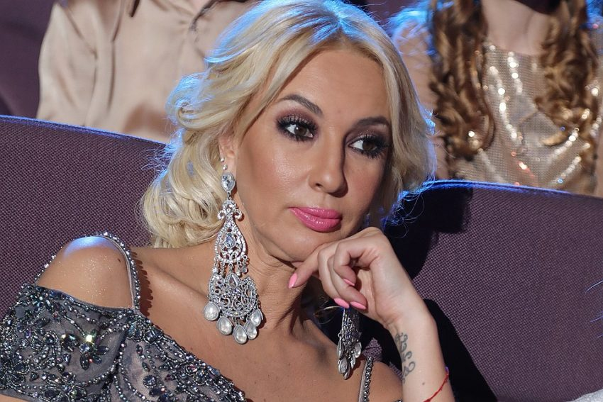 «Наглость, бестактность, хамство» Лера Кудрявцева поставила на место назойливых поклонников из-за ребенка