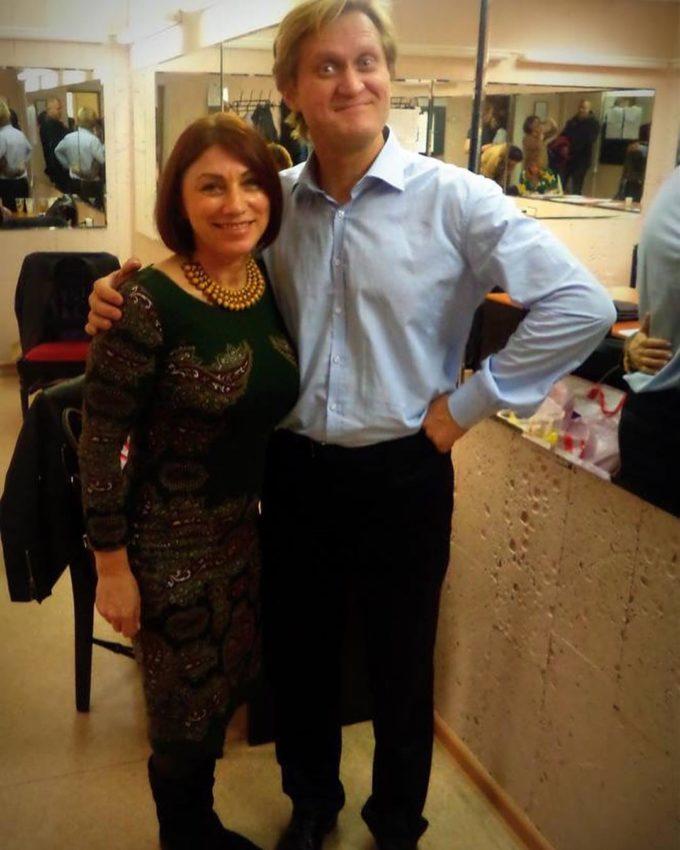 Роза Сябитова оскандалилась с Маратом Башаровым, который избивает женщин, назвав его идеальным мужчиной России