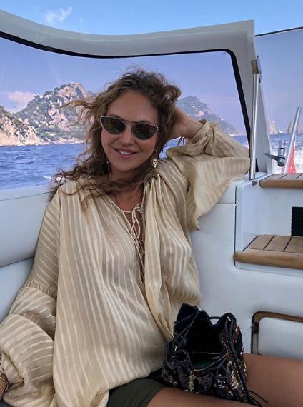 Актриса Светлана Меткина родила третьего ребенка 68-летнему миллиардеру