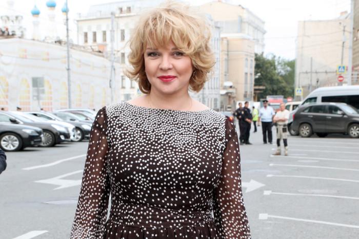 После тяжелых испытаний в жизни 55-летняя Елена Валюшкина нашла любовь с мужчиной, который годится ей в сыновья