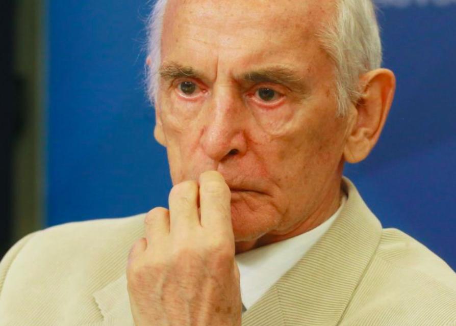 События с Василием Лановым стали просто громом среди ясного неба: Позор